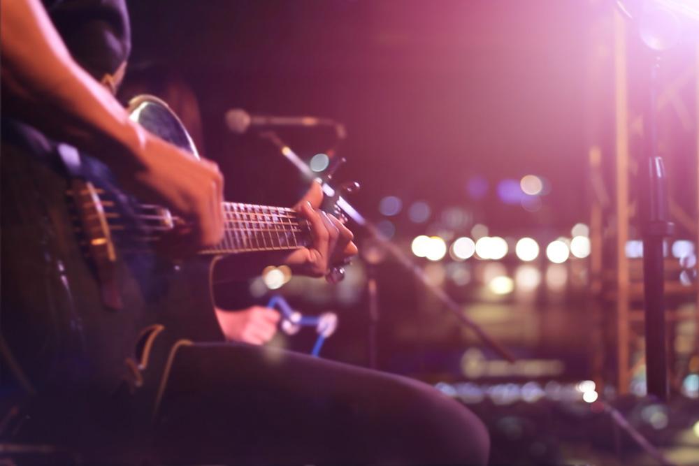 アコーステックギター